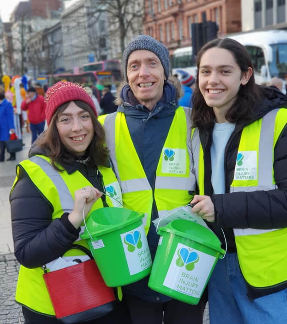 Volunteers collecting for Brain Injury Matters
